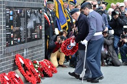 Jackie 'Dinger' Bell Lays Wreath - Spitfire Memorial Grangemouth
