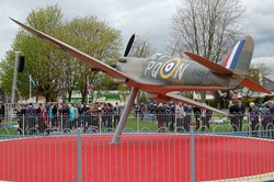 Spitfire X4859 Unveiled at Grangemouth