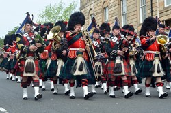 Homecoming Parade - RHF Pipes and Drums - Band Royal Regiment of Scotland