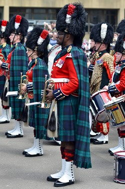 Band of the Royal Regiment of Scotland - RHF Homecoming Parade Glasgow 2016